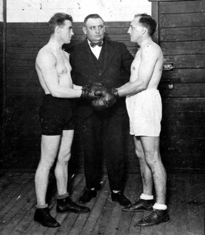 joe wallis boxing ref C1940