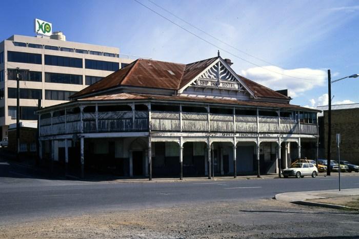 ship inn Brisbane 1980