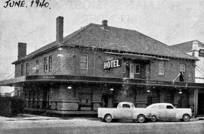 Tourist Hotel Bathurst 1940