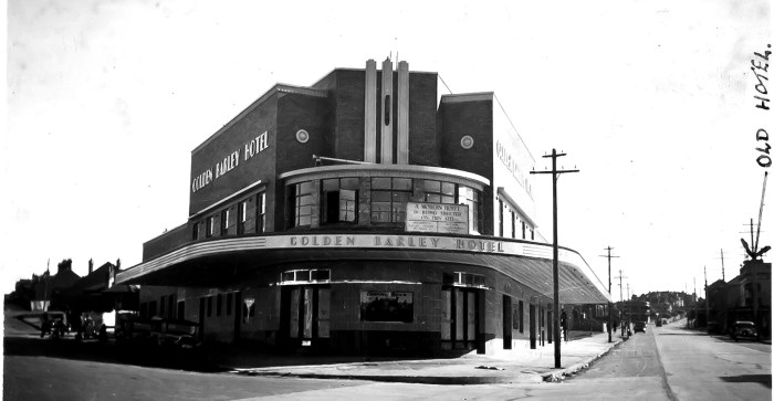 Golden Barley Hotel and old hotel 1936