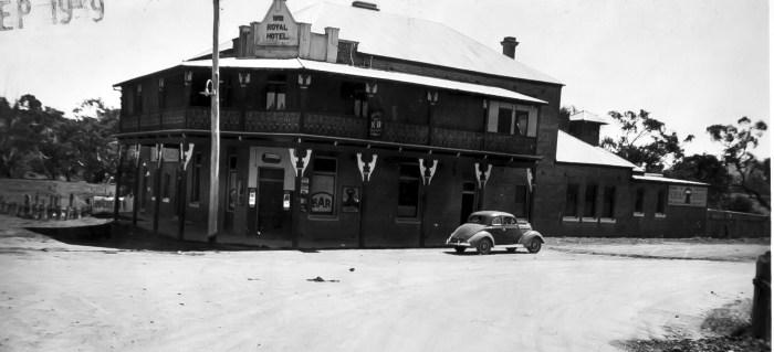 Royal Hotel Binalong 1939 ANU