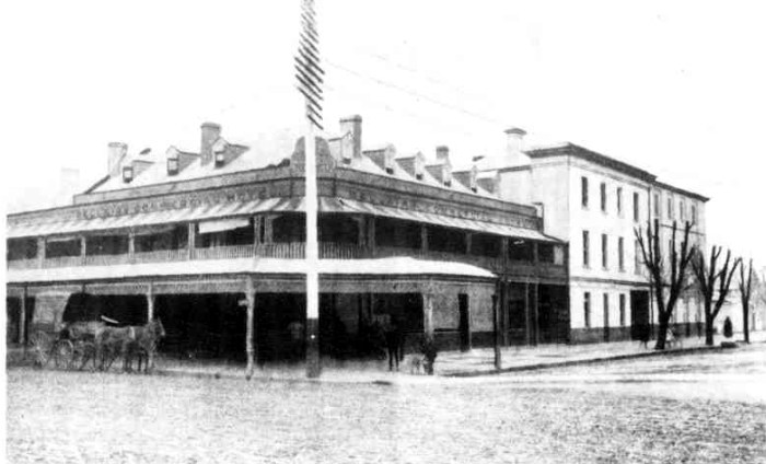 Bellairs Commercial Hotel Wagga 1910