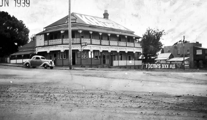 Charcoal Inn Hotel Casino 1939 ANU