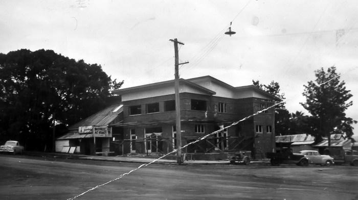 Charcoal Inn Hotel Casino May1955 ANU
