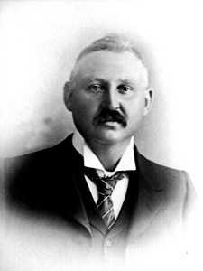 Lancelot Riddle 1904