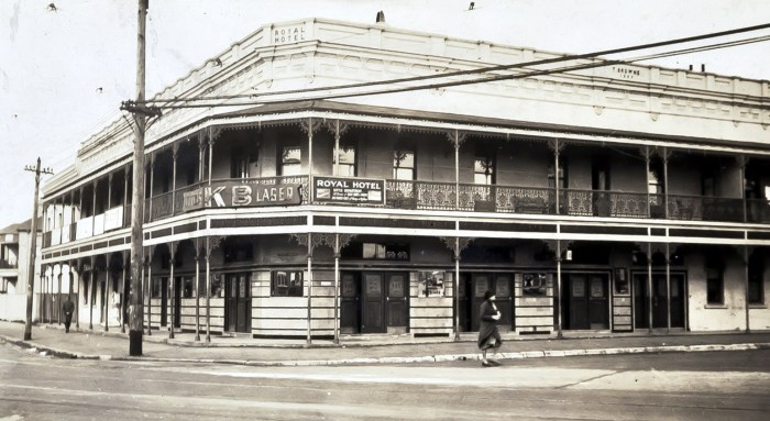Royal Hotel Randwick 1937 anu