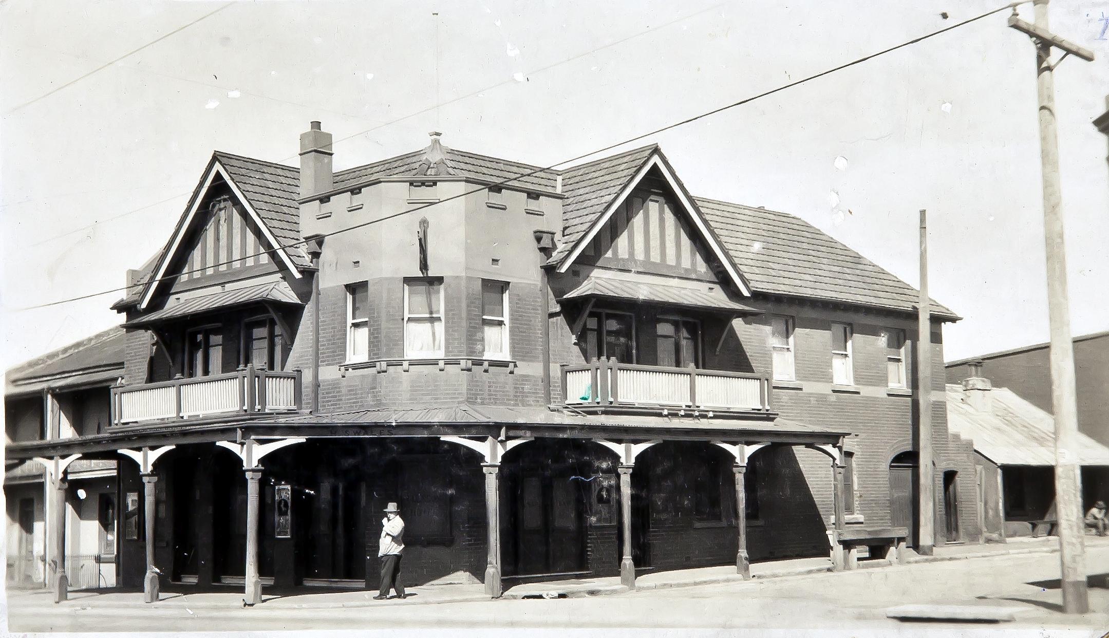 Glenroy Hotel, Alexandria