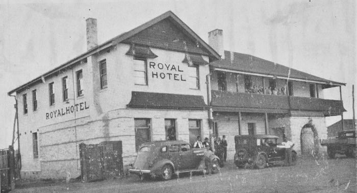 Royal Hotel Capertee 1941 anu