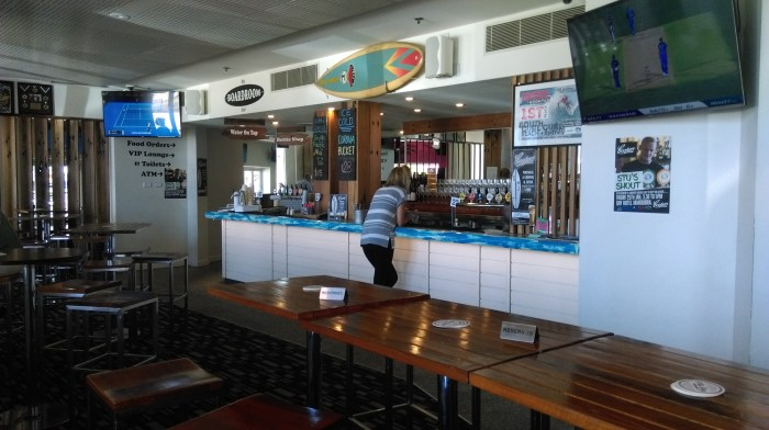 maroubra bay hotel bar