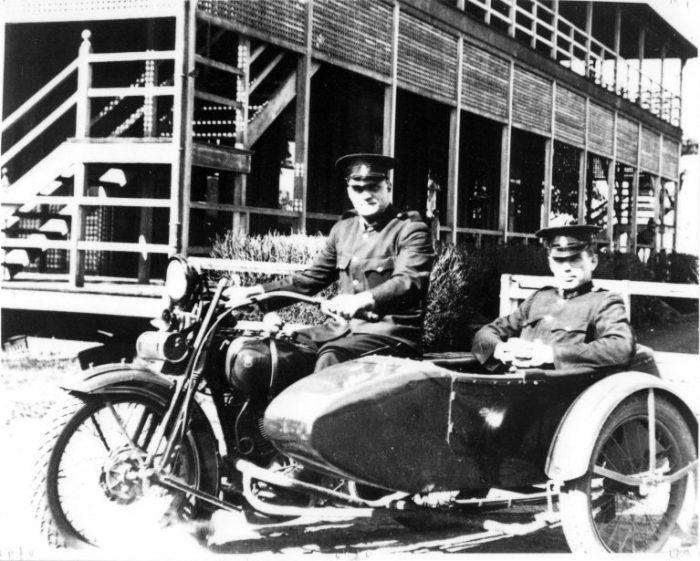 cops motorbikes 1925