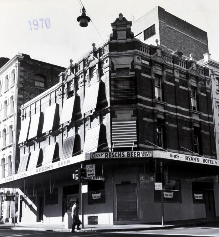 Ryans Hotel ex Mallets Inn Market Street ex australian hotel sydney anu 1970