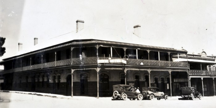 Royal Hotel Braidwood 1925 ANU