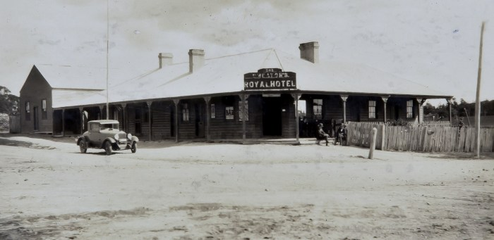 Royal Hotel Burraga NSW 1930 ANU