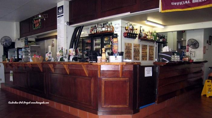 Sovereign Resort Hotel bar 1 TG W