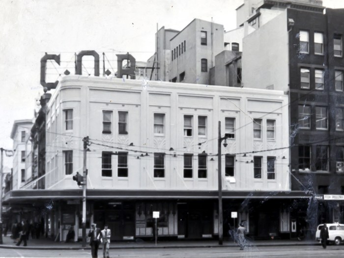 Kings Head Hotel Elizabeth and Park Streets Sydney 1960 ANU