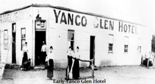 YANCO GLEN HOTEL C1900 WITHOUT VERANDAH