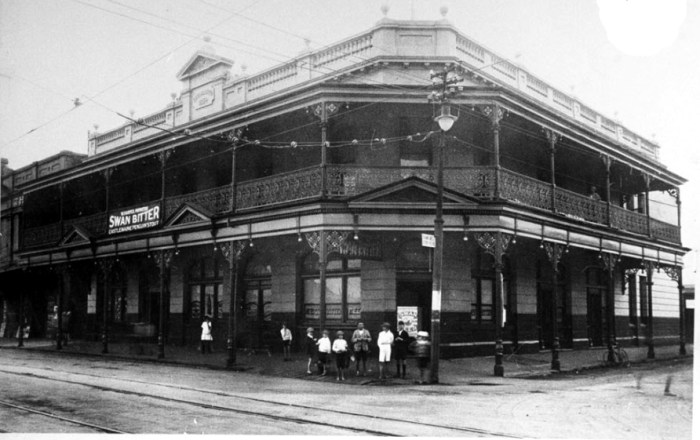 Fremasons Hotel Fremantle C1925