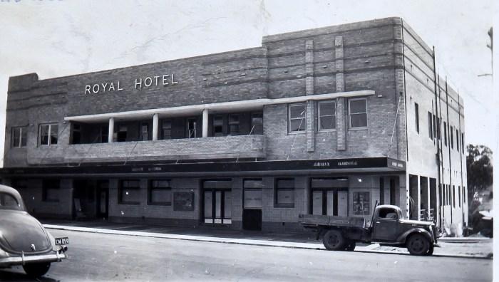 Royal Hotel Dungog 1939 NBA ANU