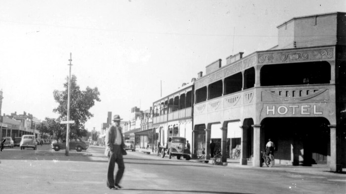 STREET SCENE WARRACKNABEAL VICTORIA C1950 State Library of Victoria