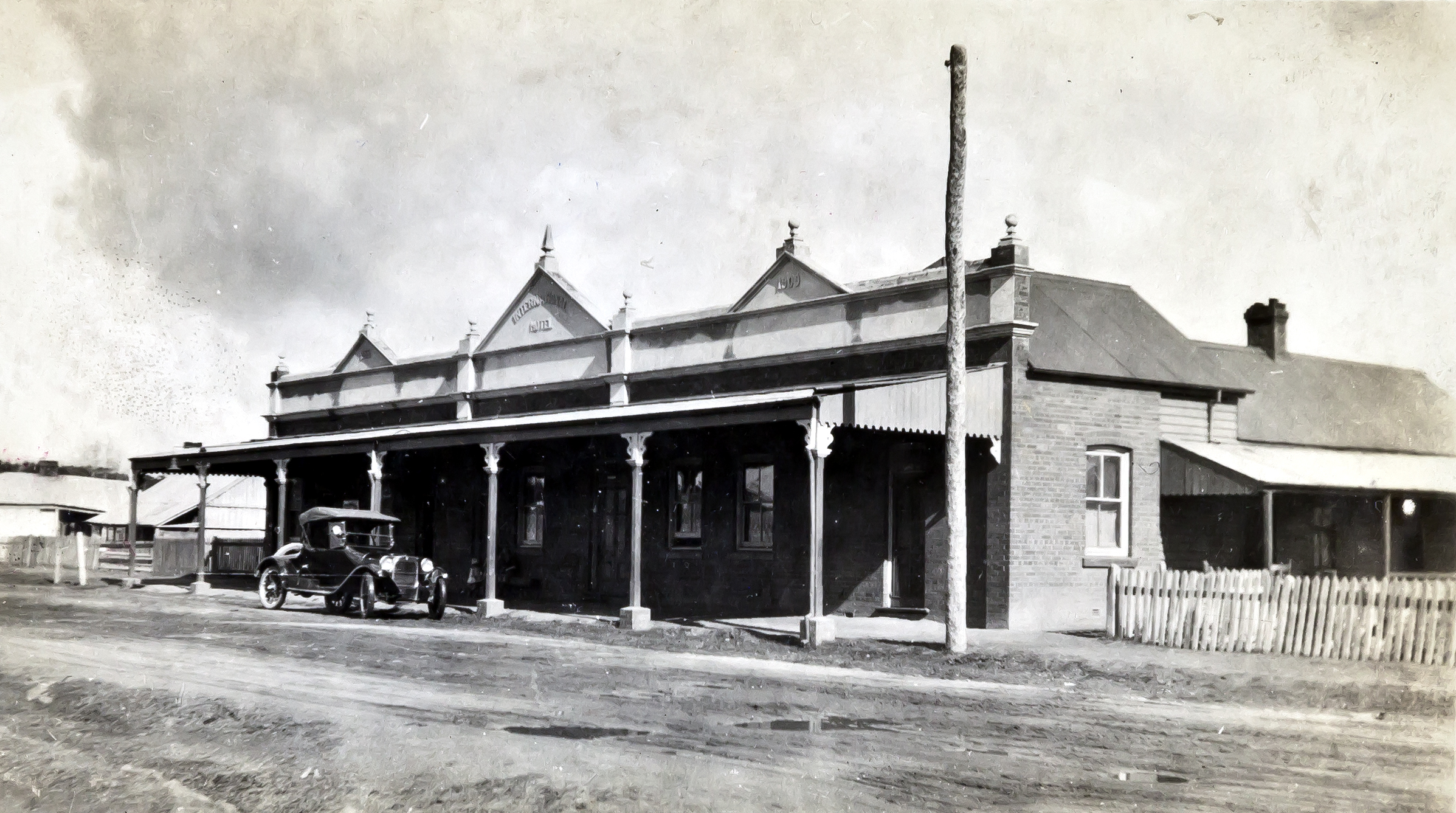 Armidale's International: Once popular with thirsty railwaymen, stock salesmen and drovers