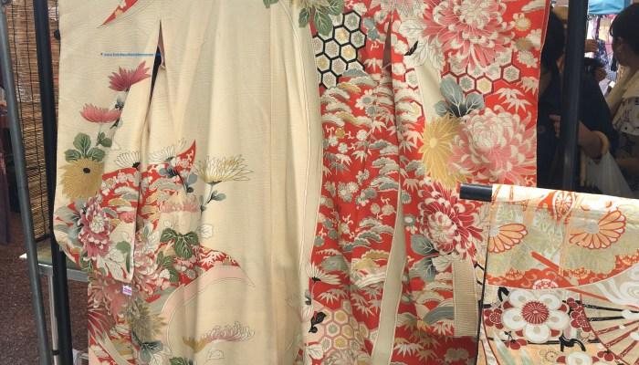Beautiful handmade second-hand silk kimonos at a bargain at the Kobo-san market