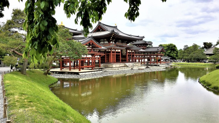 How to make the best of 1 day in Uji, Kyoto: The serenity of this place...you simply got to be here to experience it at Byodoin Temple,