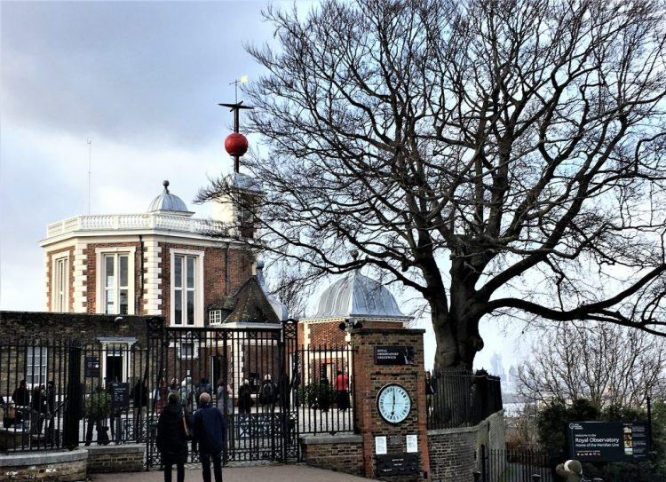 The Royal Observatory and Planetarium, Greenwich The Time Ball being dropped at 1 p.m.
