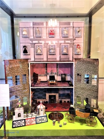 Kensington Palace: A Royal Childhood - Victoria's Doll House