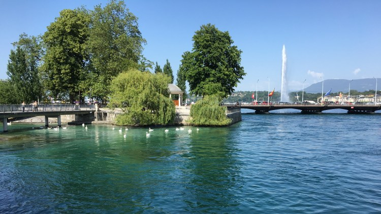 Exploring Lake Geneva on Day 1 of Perfect Romantic 3-Day Itinerary in Geneva