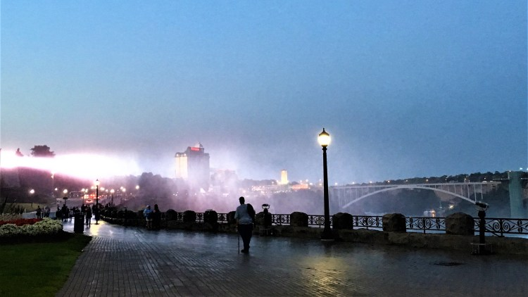 Capture the evening sensation with the mist along the Falls