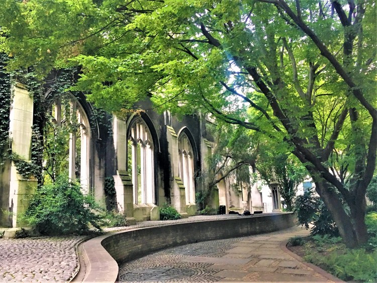 St Dunstan in the East - Serenity amongst ruins