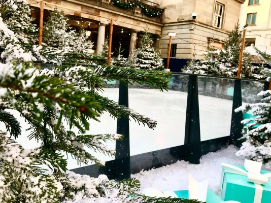 Christmas in London Magical Ice Skating Rinks | Covent Garden Ice Rink 2019 inspired by Tiffany & Co