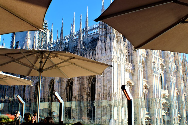 Open terraces at the Galleria overlooking the Duomo