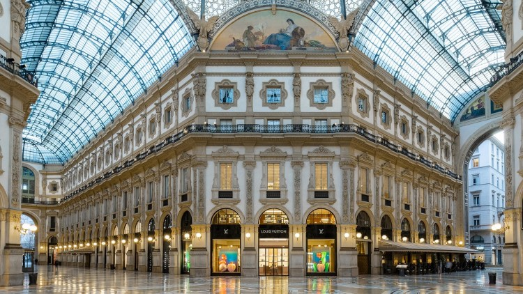 Visit Galleria Vittorio Emanuele II to experience the fashion culture of Italy.