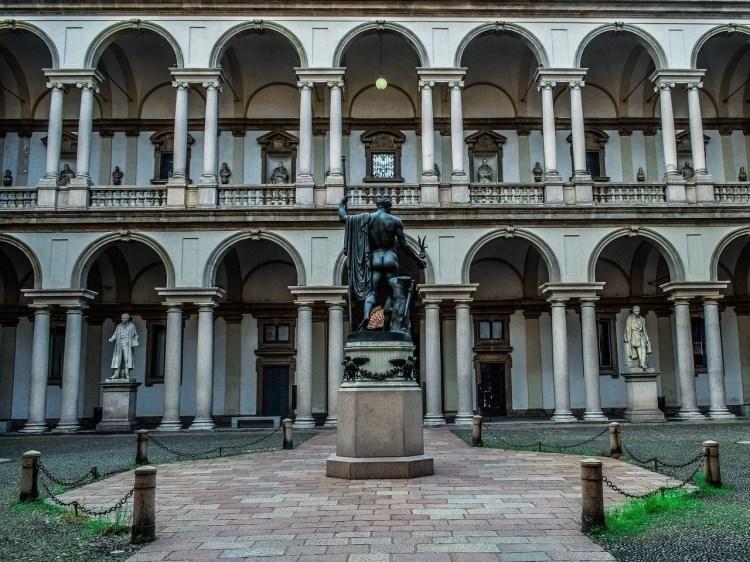 pinacoteca di brera - exterior