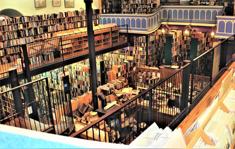 Leakey's Bookstore.Inverness