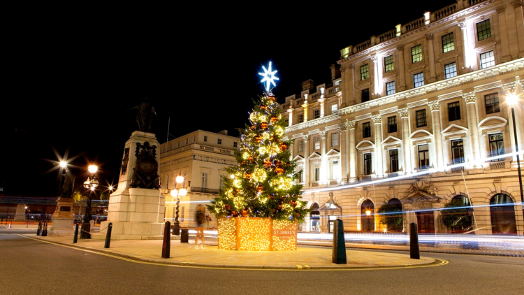 quirky ideas to experience at Christmas in London