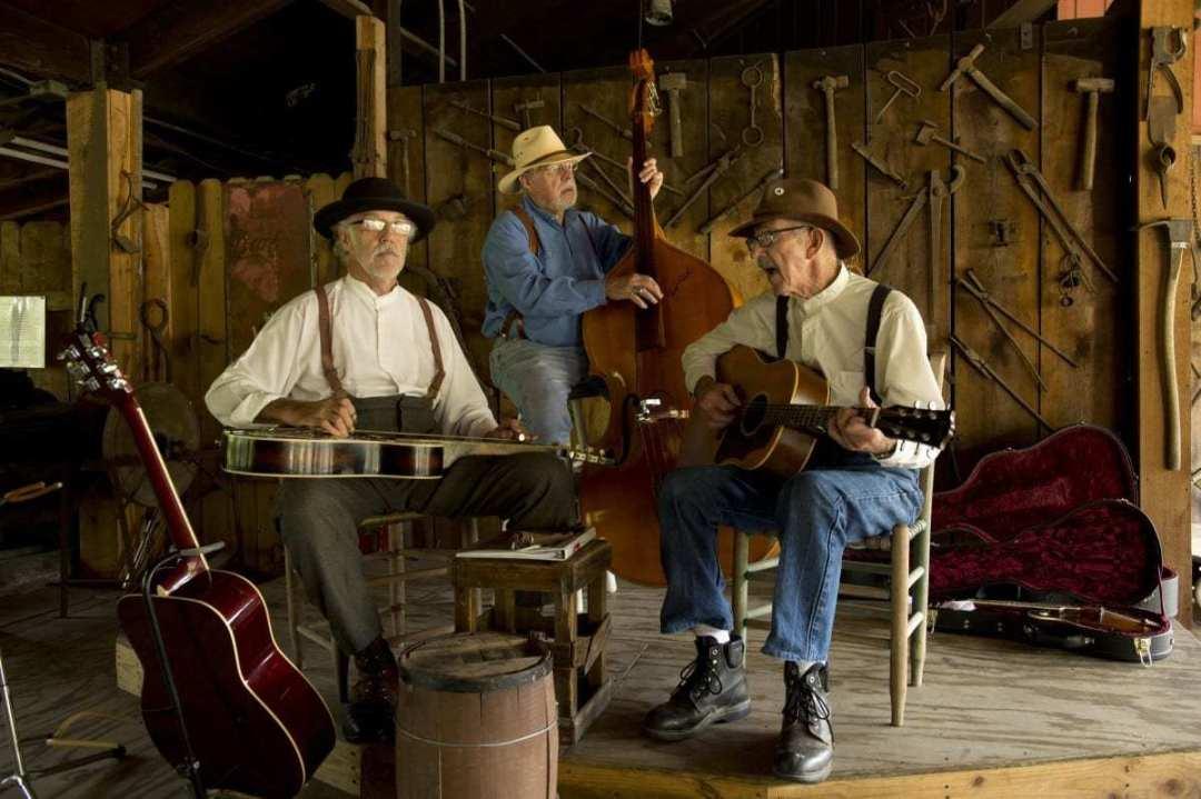 Live Music in the Craft Village - Benjamin Haguewood & Friends 1