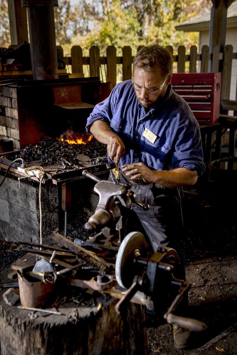 Beginning Blacksmithing Class 1