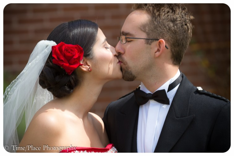 2011-06-18-0120-Courtney-Chapman-and-Robert-Pomeroy