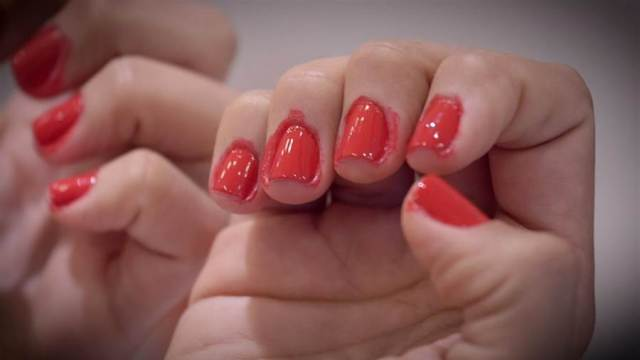 Use Vaseline to avoid sticking of nail paint to near by skin. Vaseline uses for beauty and skincare. know more 40 heck you can do with Vaseline on timeshood.com
