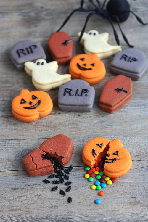 Funny trick and treat cookies for Halloween. Halloween fun and candy filled cookies ideas for kids. Halloween monster, pumpkin ghost cookies treat ideas for school. Find 22 more delicious Halloween dessert ideas for fun party. Halloween dessert recipes for children. Best Halloween treat ideas for adults. Cute Halloween dessert recipes for party. Easy to make Halloween spooky foods ideas for adults. Halloween monster eyes treat ideas for kids. Easy Halloween food ideas for party. Easy Halloween treats for kids. Halloween tricks and treats for school parties. Halloween tricks and treats food ideas. Halloween food ideas for adults. Halloween homemade dessert idea
