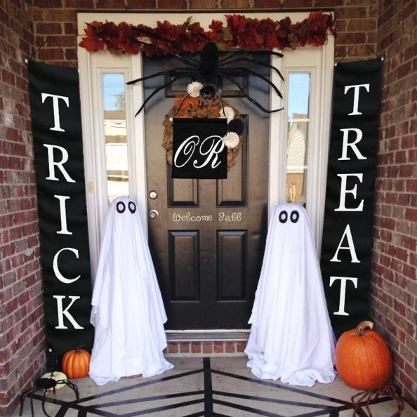 Halloween Trick or Treat party banner are perfect for your house, office, patio, front porch, front door, window or tent. Perfect and festive door decoration for Halloween.