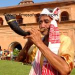 Old man playing Pepa at Ranghar