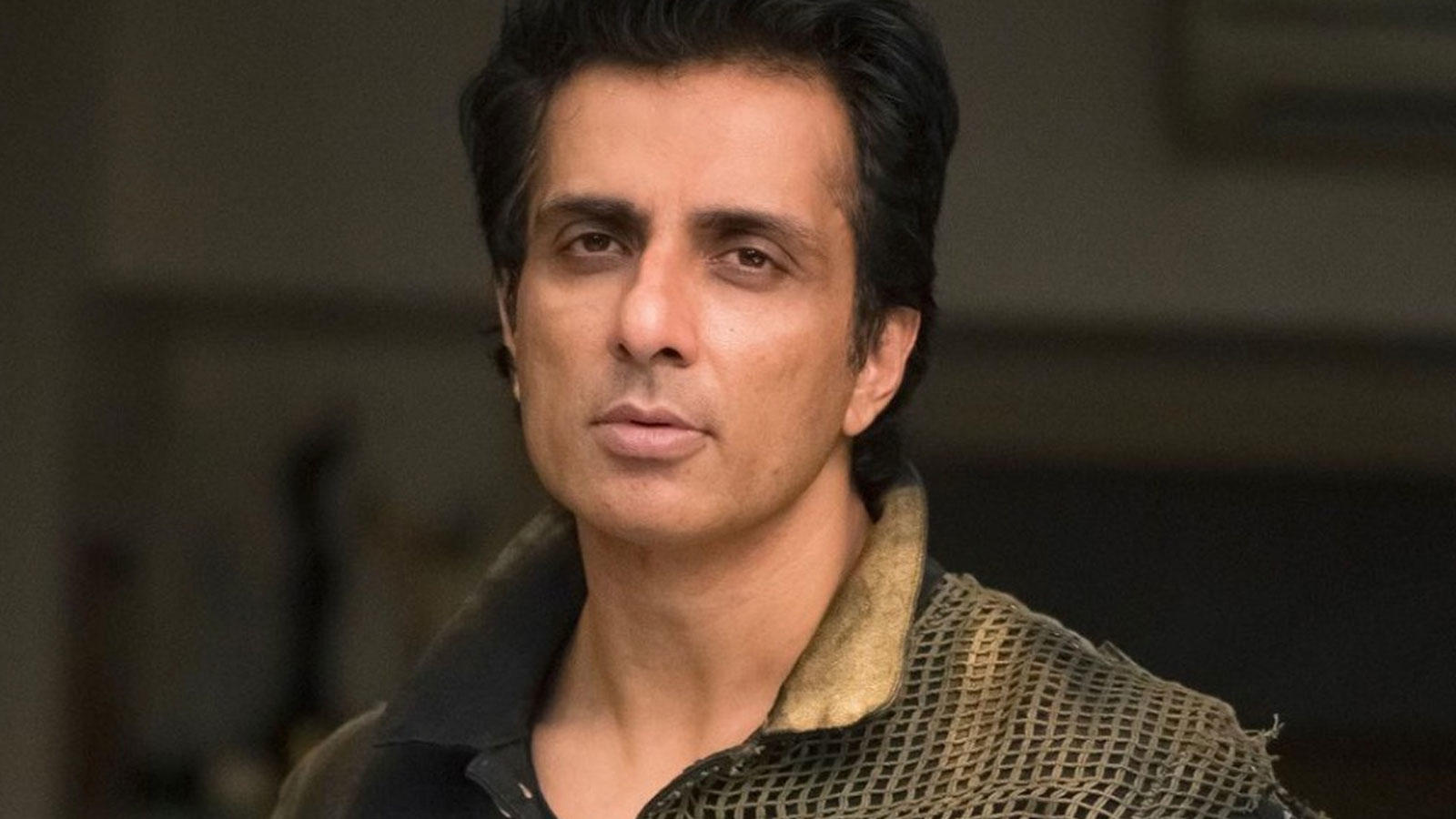 Sonu Sood urges govt to provide free education to children who lost their parents in COVID-19 pandemic | Hindi Movie News – Bollywood – Times of India
