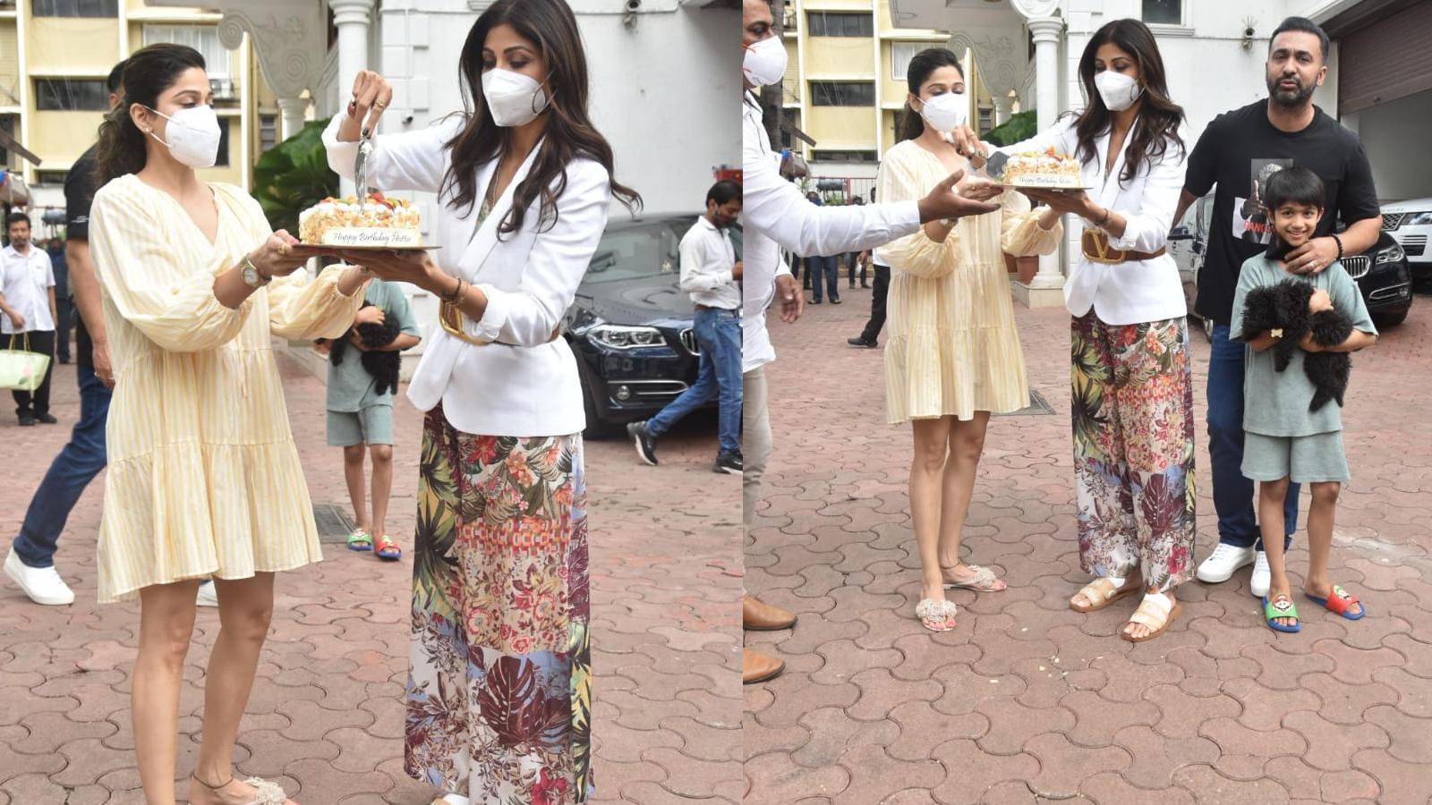 Shilpa Shetty celebrates birthday with paparazzi; cuts cake | Hindi Movie News – Bollywood – Times of India