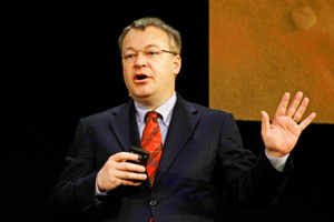 Nokia chairman defends CEO Elop: Report