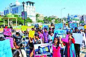 Vizag students join in the protests against Delhi gang rape