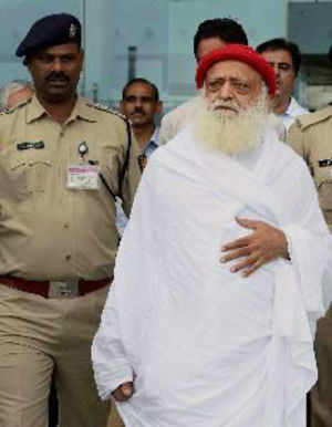 Asaram Bapu finally arrested from his Indore ashram