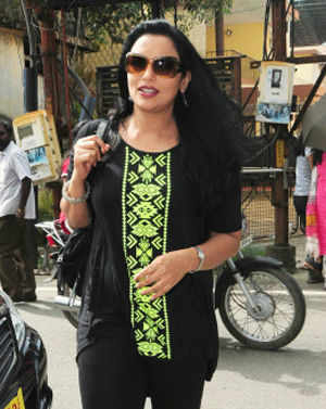 Shweta Menon alleges molestation, Congress MP denies charge